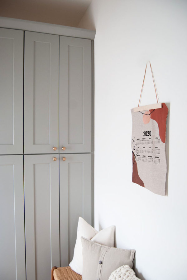 A Linen 2020 Calendar Banner | The Crafter's Box